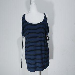 4/$25Torrid open shoulder blue navy stripes lace u